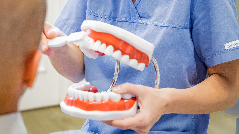 Prémium fogászati implantátumok