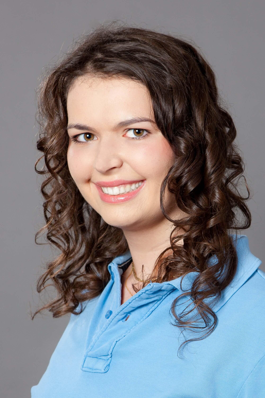 Dr. Szabó Nóra